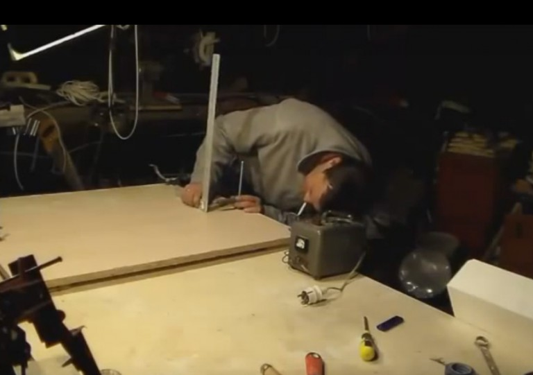 Станок для вырезания пенопласта своими руками 60