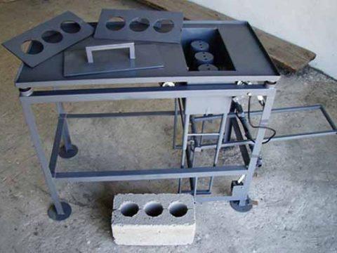 Вибростанок для бетонных блоков
