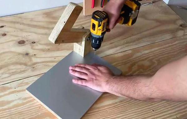 Сверление отверстий для монтажа накладки