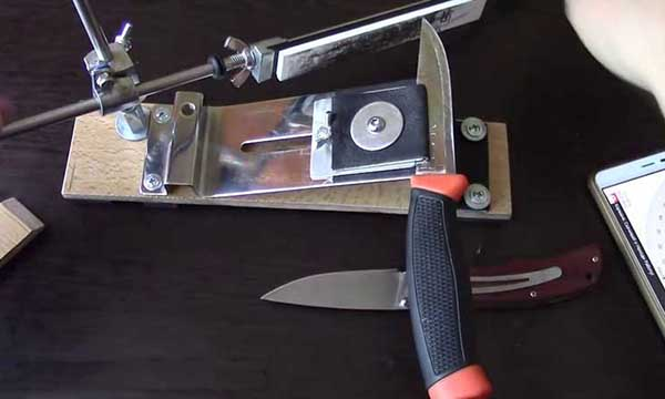 Фиксация ножа